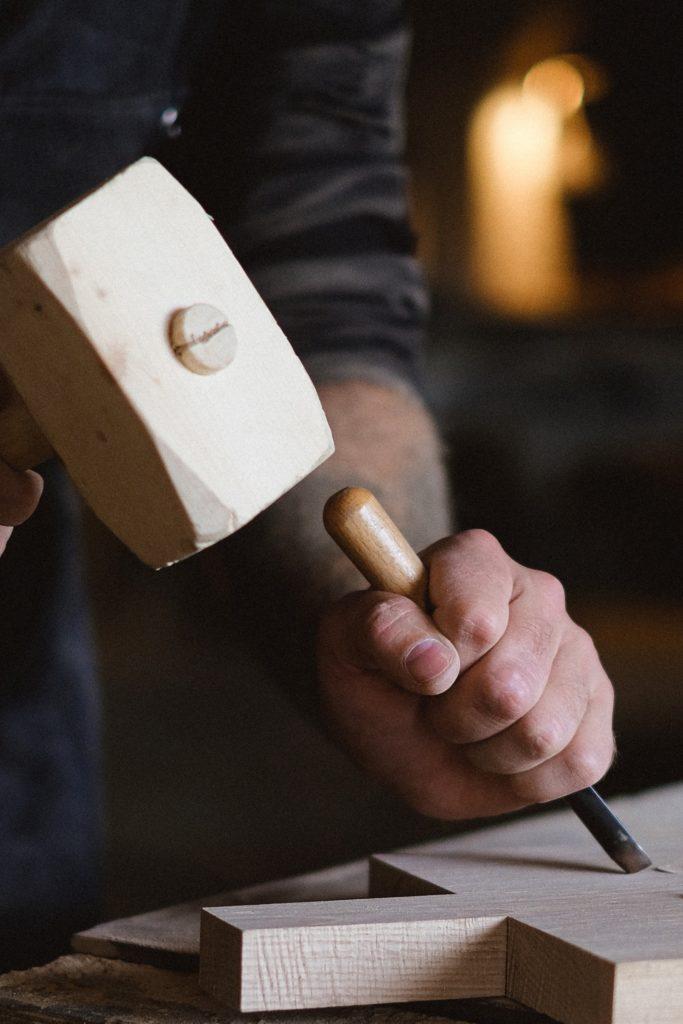 Marteau bois : pourquoi communiquer sur le made in france